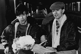 Klicka på bilden för en större version.  Namn:David-Bowie-Iggy-Pop.jpg Visningar:24 Storlek:100,0 KB Id:87433