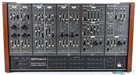 Klicka på bilden för en större version.  Namn:roland_system100m_alt_lg.jpg Visningar:9 Storlek:196,8 KB Id:87823